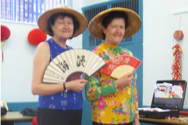 """Burton Trefoil Chinese event """"tài hăo le !"""" (Excellent !)"""
