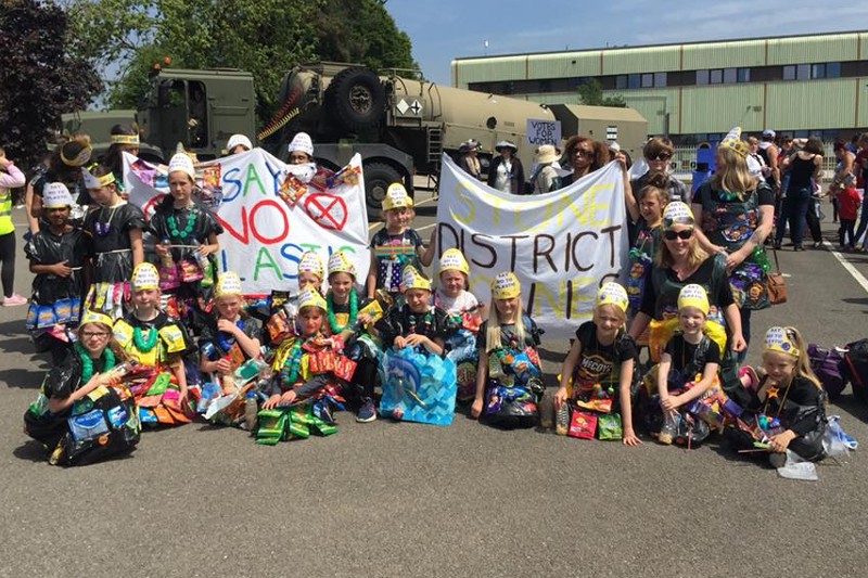 Brownies' 'Say No To Plastic' Scoops 1st Prize At Town Carnival