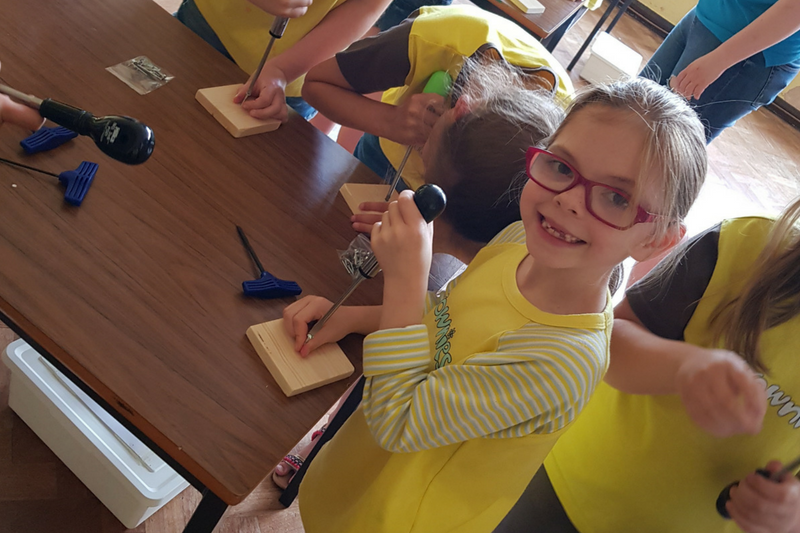 Barton Brownies Try Their Hands At DIY