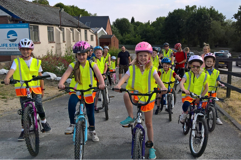 Sponsored Cycle Ride Success For Biddulph Brownies