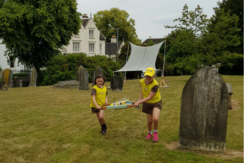 Barton Brownies & Guides Provide 'Paratedic' Service At Family Funday