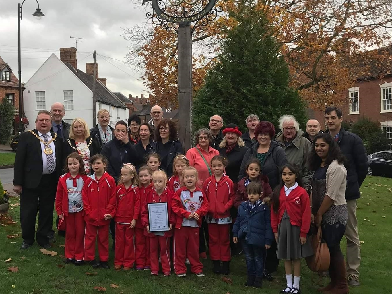 Abbots Bromley Rainbows Make Radio Debut