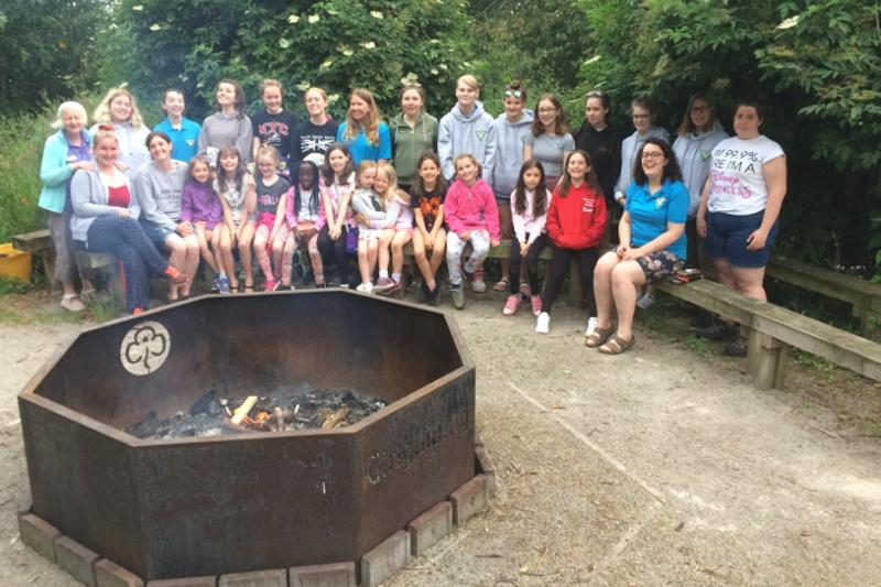 Brownies' Impromptu Campfire with Midlands Region Rangers