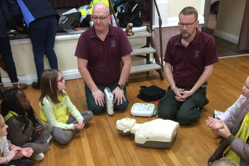 Tittensor Brownies Learn Essential Life Saving Skills